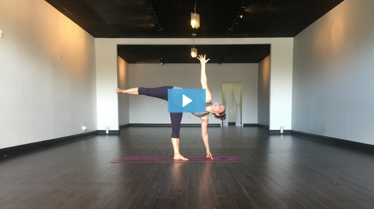 [VIDEO] Harvest Owns Half Moon Pose