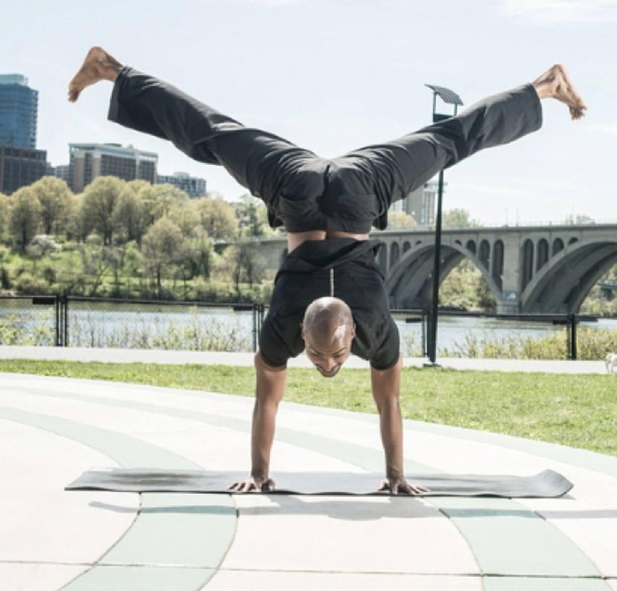 Derek Waddy Yoga - Baptiste Teacher - 005