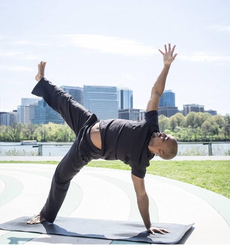 Derek Waddy Yoga - Baptiste Teacher - 007